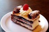 champagne-french-bakery-black-forest-cake