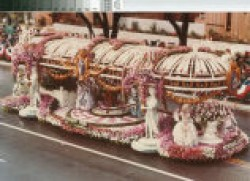 The Rose Parade in Versailles!
