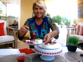 """This is What Sweet Dreams are Made of… Meet Michèle La Porta, Creator of """"Starlette Cake™""""!"""