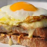 Croque-Monsieur or Madame: French Grilled-Cheese Sandwich!