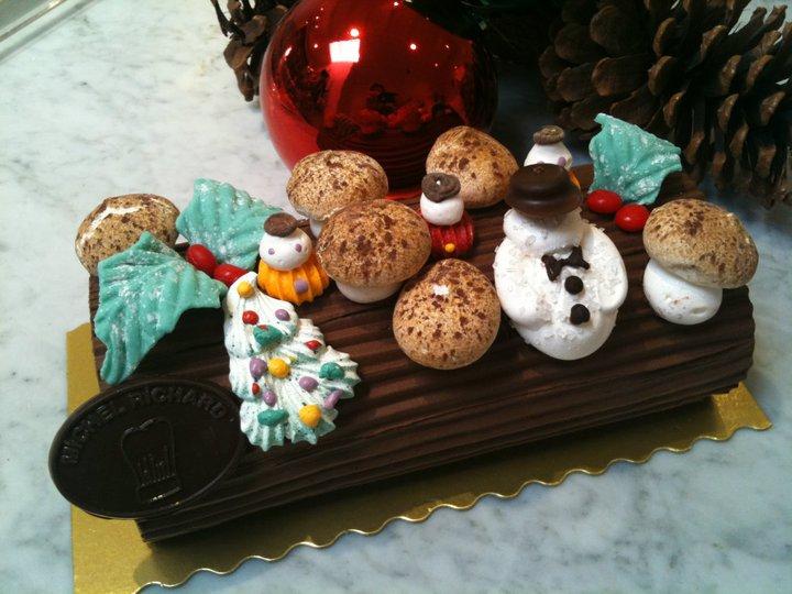 La Bûche de Noël – Yule Log Cake | FRENCH A L.A CARTE! ®
