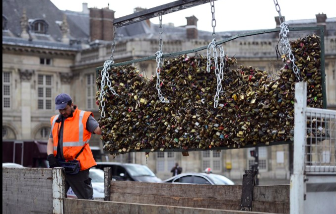 Paris Love Locks Courtesy of CNN