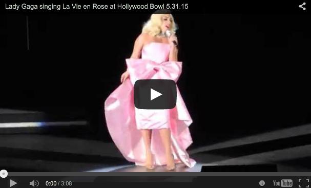 [Video] Lady Gaga sings La Vie en Rose at Hollywood Bowl