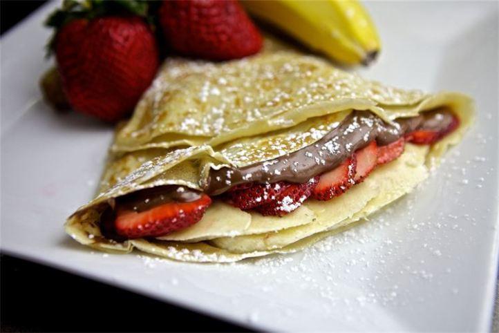 crepes-strawberry-banana