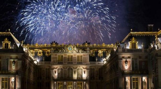 Bonne AnnéE 2021: Le Feu d'Artifice au Château de Versailles et La Prestation de Mika